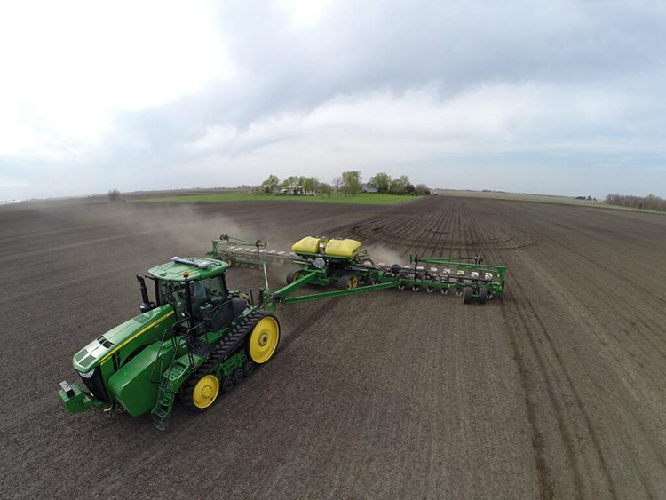 Chad E. Colby ‏@TheChadColby @The Western Producer #plant14 photo contest. Here are some from this year, enjoy! All from Central IL.