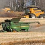 Alberta farmers made significant harvest progress in late-October, with nearly 95 percent of crops off the field as of Oct. 30, according to the final crop report of the season from Alberta Agriculture. | File photo