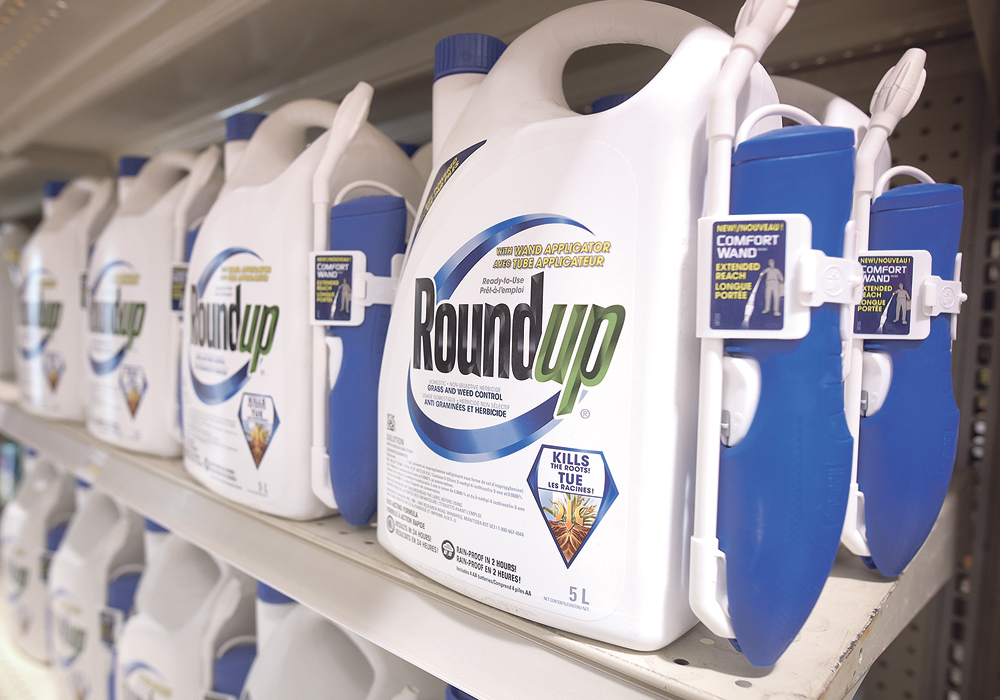 A U.S. judge has appointed a mediator to begin settlement talks between Bayer and plaintiffs over Roundup.  |  File photo