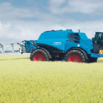 The Nova's two available boom widths are 24 meters (79 feet) or 39 metres (128 feet). The aluminium boom has Lemken's Adaptive Balancing Control with automatic, proactive guidance that keeps it in an optimum position and maintains the correct distance to the target's surface. Five sensors ensure that individual boom arms adapt directly to uneven terrain and changes in the crop canopy.  |  Lemken photo