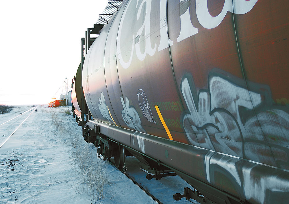Canadian National Railway announced on April 5 it had moved 2.95 million tonnes of grain last month, beating the previous March record of 2.74 million transported last year. During the first quarter, despite deliveries being affected by adverse weather, 8.2 million tonnes were moved by CN, which exceeded the previous record of seven million in 2017. | File photo